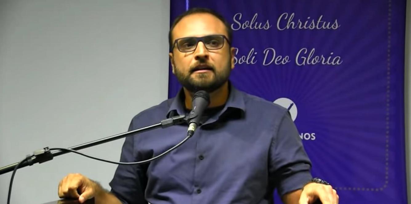 """""""Precisamos fazer muito mais que já fazemos"""", alerta Rodrigo Brotto sobre cristãos na universidade"""